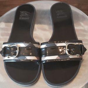 Burberry  Nova Check  Prorsum Slides Size 37/7